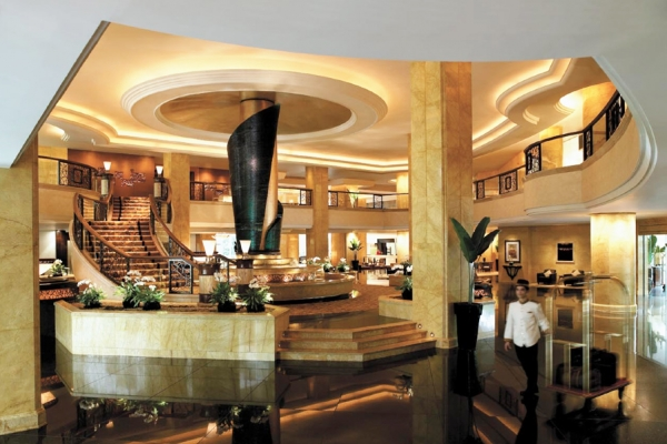 Kuala Lumpur, A night of luxury at the Shangri-La Hotel